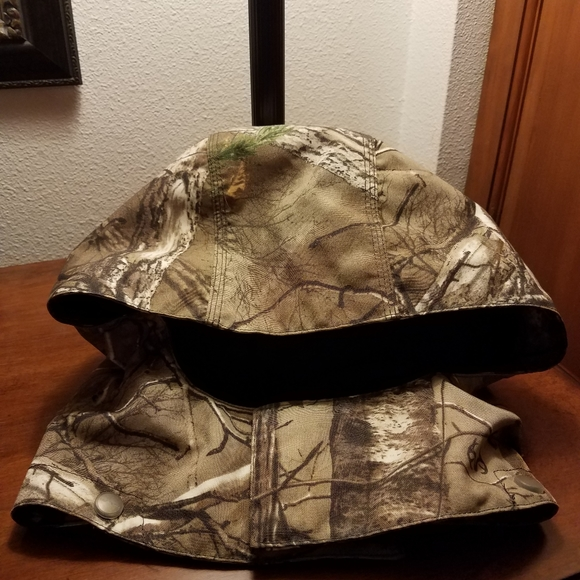 Carhartt Detachable Camo Hood